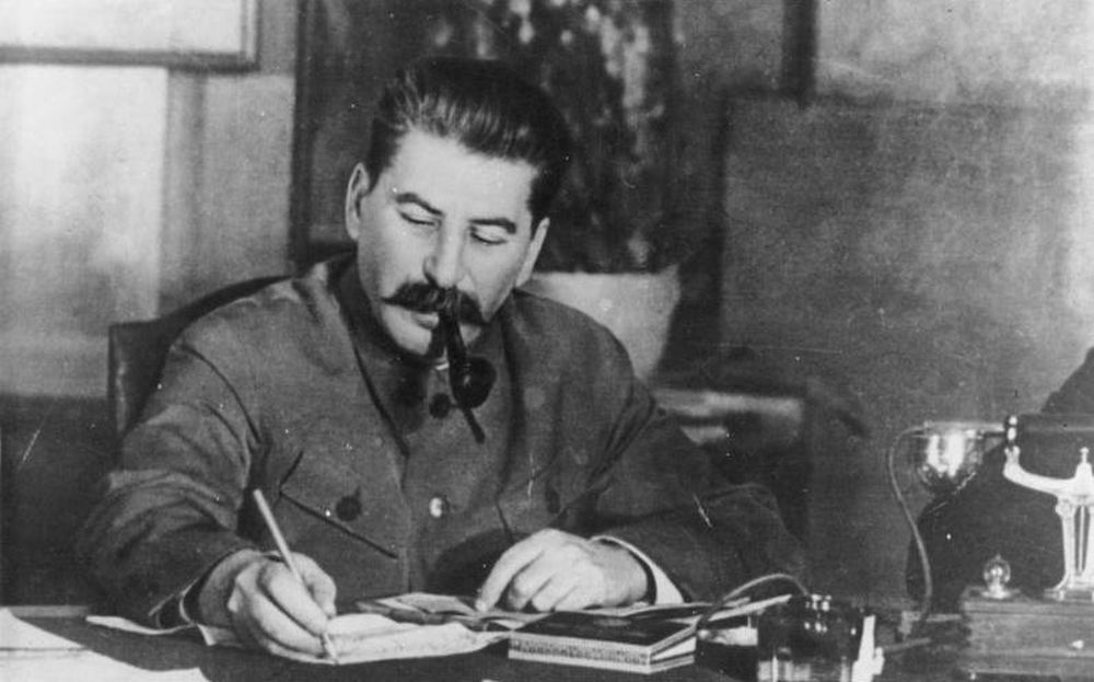 Click to enlarge image stalin.jpg
